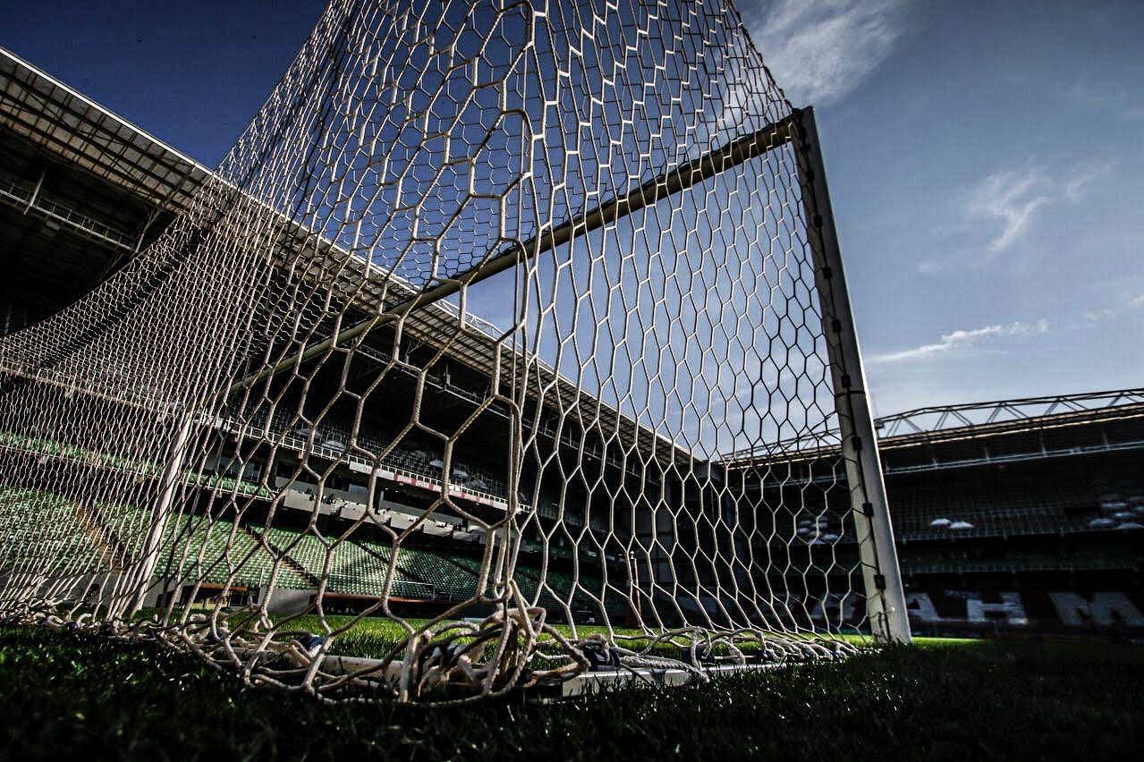 Confrontos entre Ju x América-MG pela Série A