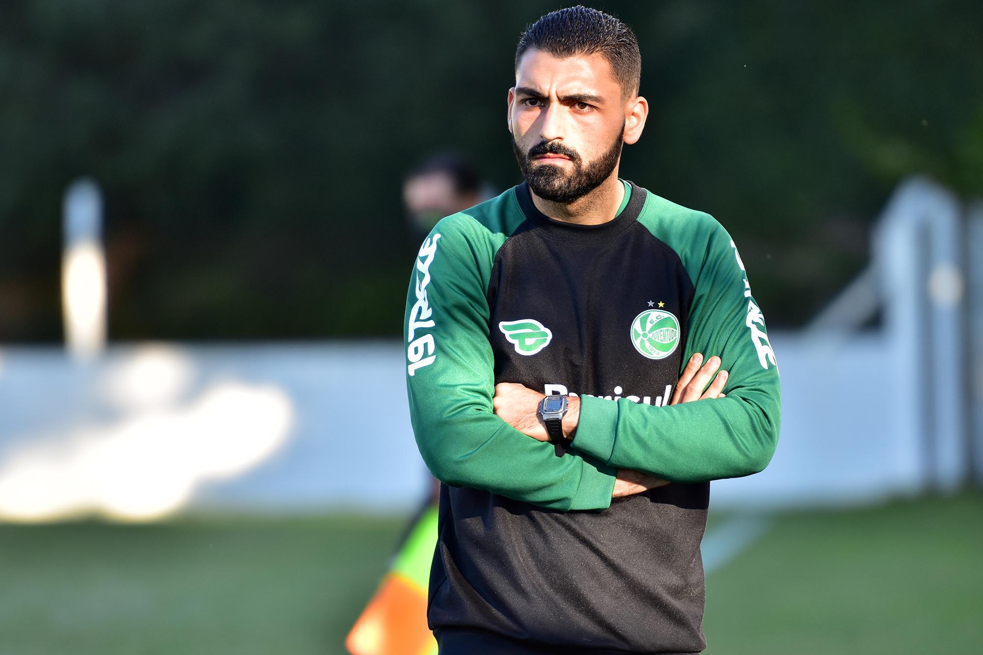 Roberto Maschio deixa o comando das equipes Sub-20 e Sub-23 do Juventude