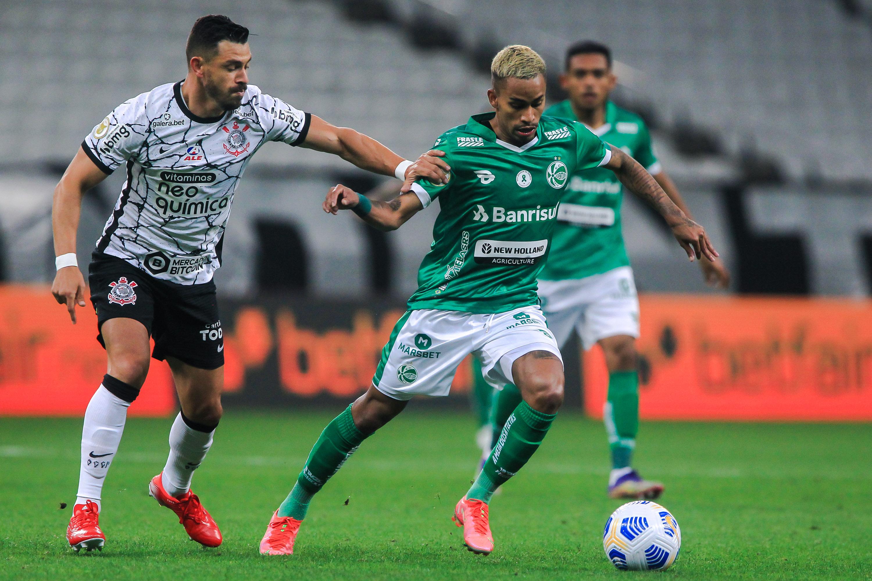 Ju é superior, sai na frente, mas fica no empate contra o Corinthians