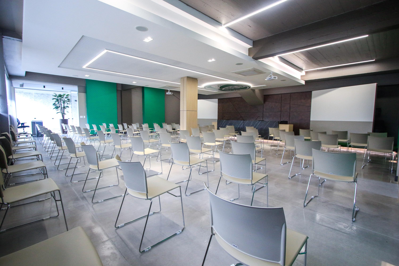 Salão Nobre Walter Dal Zotto é reinaugurado no Jaconi